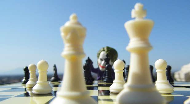 10 Scriptures to Combat a Dangerous Spiritual Warfare Deception