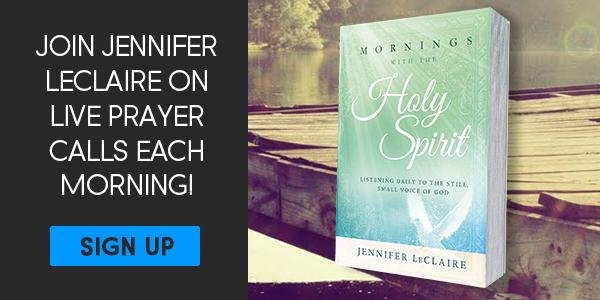 Prophetic Prayer | Jennifer LeClaire's Mornings With the Holy Spirit Broadcasts